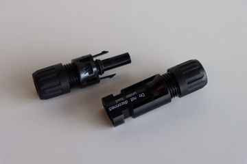 Afbeeldingen van Staubli MC4 connector Female (10mm²)